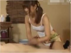 パンチラ誘惑の巨乳エステ嬢が勃起させてくれるメンズエステ Maikaエステティシャンの密着マッサージで本番しちゃう
